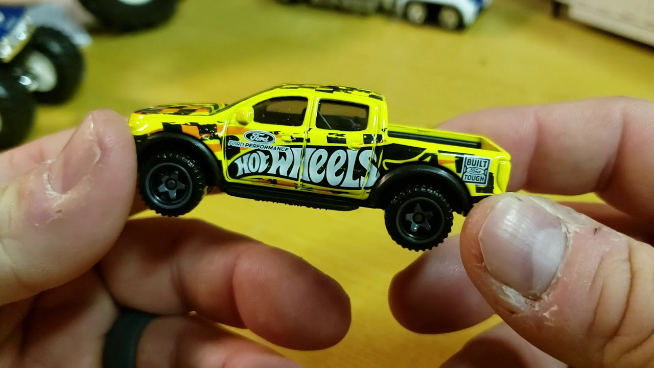 2019 Hot Wheels Ford Ranger Raptor Yellow New Casting