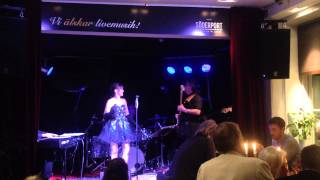 Erika & The Buzz 2015 06 05 22 Mailman