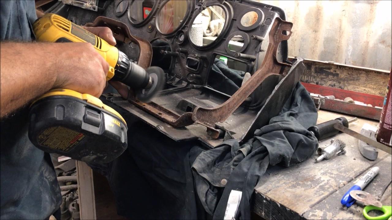 70 71 72 Chevelle Dash Pad Black