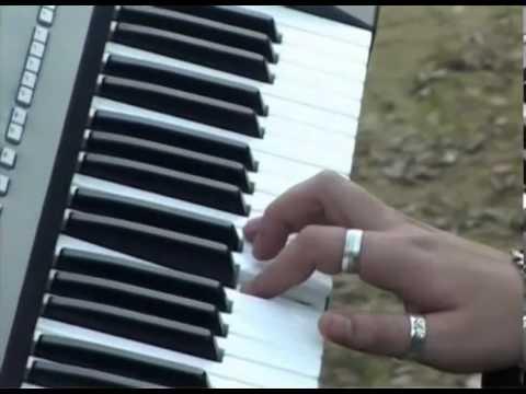 brzina bacača i klavira izlazi s tauntonom
