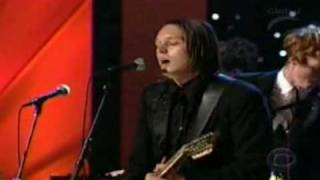 The Arcade Fire & David Bowie - Wake up + lyrics (live)