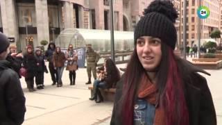 Девушка из Армении добилась мировой известности, выступая на улице(, 2015-02-26T13:11:09.000Z)
