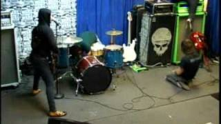 the chariot in store performance at vintage vinyl