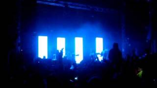 Soulwax - Rockness 2010 - Miserable Girl / Theme from discotheque (Samantha fu)