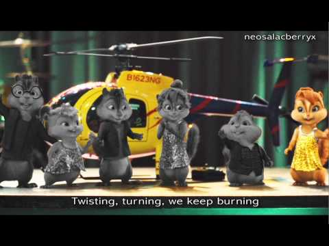 The Chipmunks & The Chipettes- Shake Your Groove Thing Lyrics