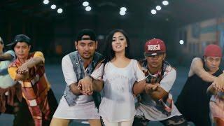 Download Maisaka - Ingat Ingat Kamu (Official Music Video)