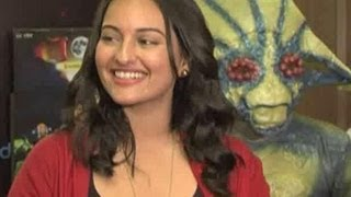 Sonakshi promotes Joker at an event
