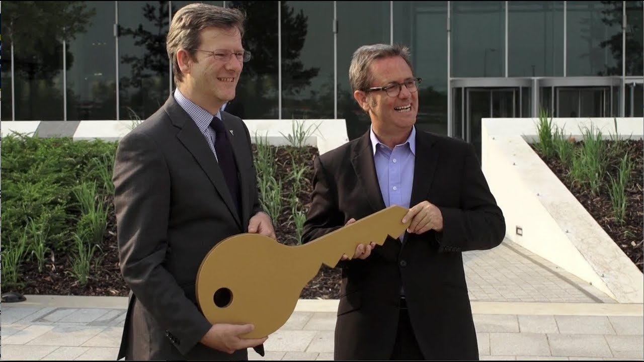 Handover of the keys to The Parkside Building