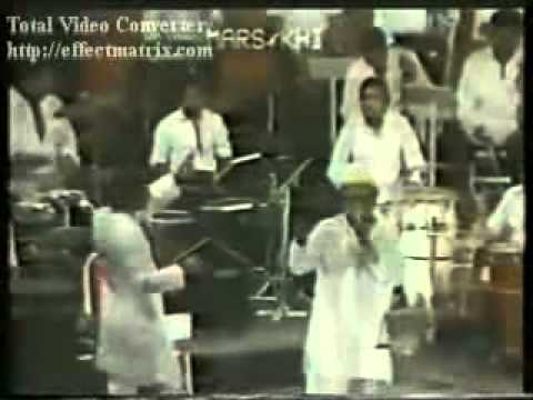 Kishore Kumar Live   Chalte Chalte