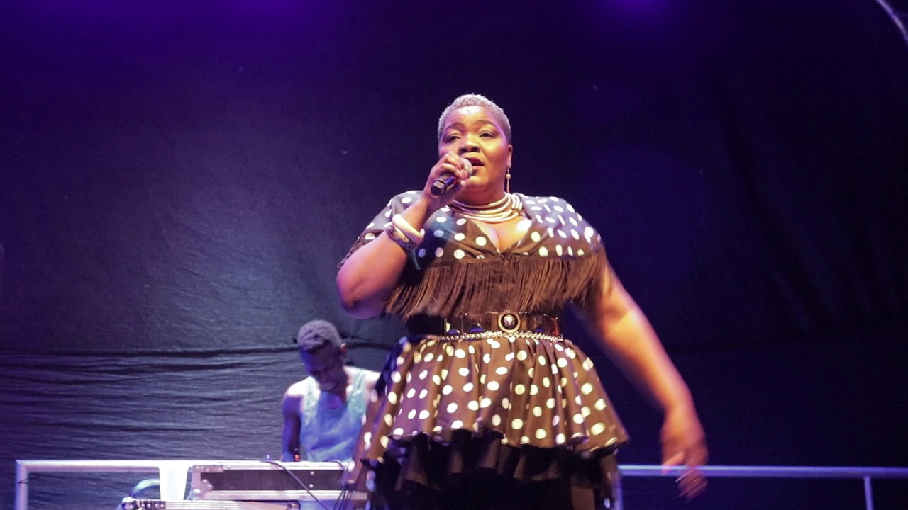 Download Maxy Khoisan Performing Tshinada @Limpopo Home Coming (RSA)