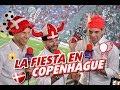 El Dr  García, Martinoli y Zague de camino al Estadio en Copenhague