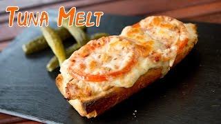 Sandwich De Atun Con Queso Fundido O Tuna Melt Tipo Panini O Sandwich