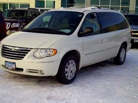 2005 Chrysler Town Country Limited