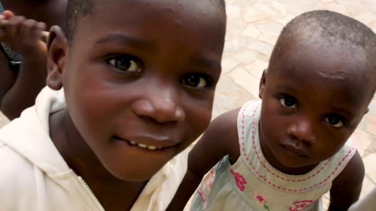 """Wir sind """"Des sourires pour le Togo"""""""