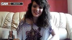 Alicia104, une brunette de 20 ans super hot sur cam4!