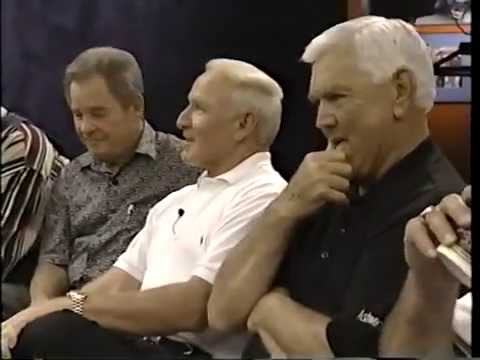 Cale Yarborough tells funny flying story