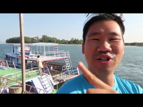 DEEP SEA FISHING THAILAND - PRIVATE 60 FT BOAT!