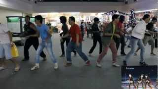 Flash Mob Just Dance 4 (What Makes You Beautiful - One Direction)