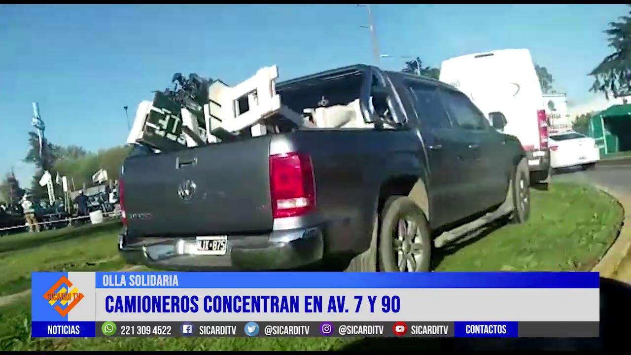 Camioneros se concentran en Av. 7 y 90