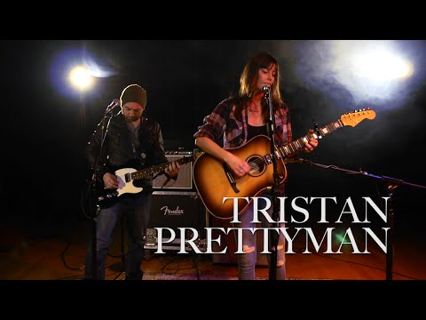 Tristan Prettyman Performs 'Never Say Never' | Fender
