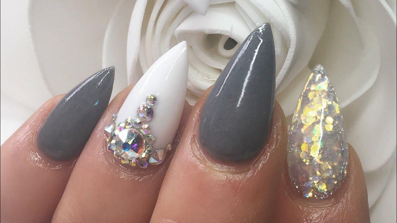 acrylic nails grey white
