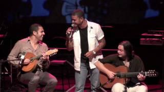"""""""Batendo à porta"""" - Diogo Nogueira, Yamandu Costa e Hamilton de Holanda"""