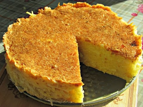 Рецепт: Пирог-запеканка из тертого картофеля с сыром и