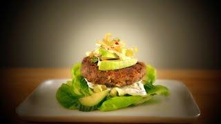 Quinoa & Black Bean Veggie Burger Strangewich