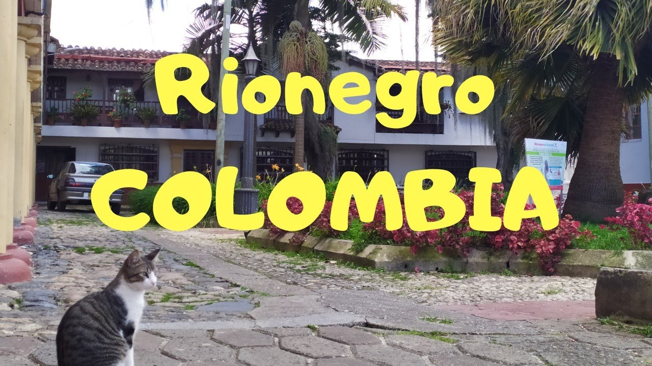 COLOMBIA. Walking tour of the San Nicolas mall in Rionegro, Antioquia. Travel Vlogger.