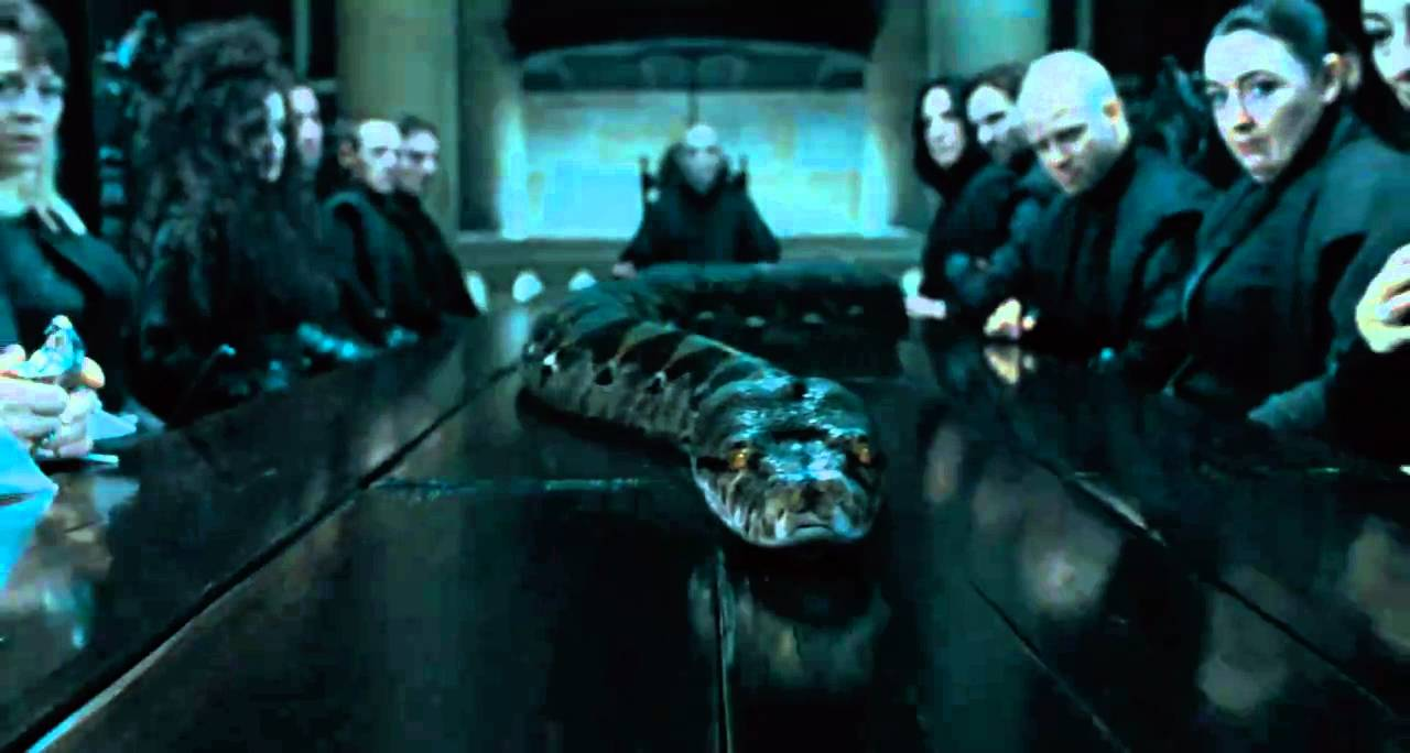Harry Potter 7 Parte 1, Escenas (Nagini) - YouTube