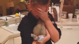 "видео ""реакций  на подарок  щенка"""