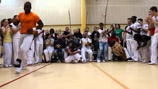 Capoeira - Jeu Cara de peixe Marcelo Cacique Choco Perere