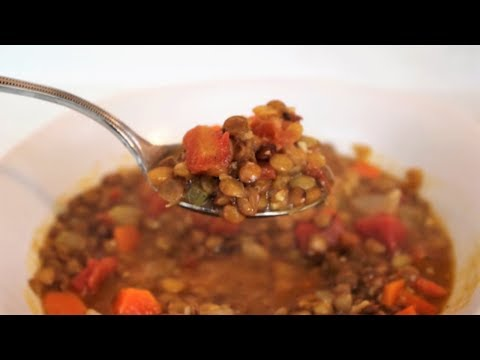 how-to-make-lentil-soup- -it's-only-food-w/-chef-john-politte