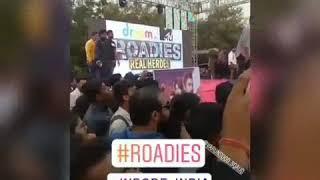 Varun Sood And Divya Agarwal fun time at Roadies 2019