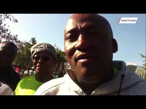 WATCH: Choas as Helen Zille meeting disrupted in Pretoria