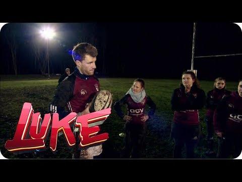 Luke lässt sich von Rugby-Mädels flach legen! - LUKE! Die Woche und ich
