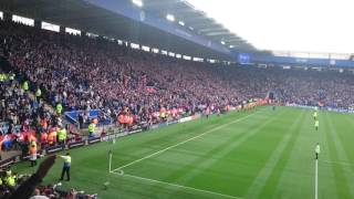 Leicester City sing we're gonna win the league!