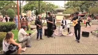 Baixar Flashmob em Cruzeiro  - Julio Bittencourt trio/ Dinho/ Coral UNAVOZ