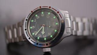 Обзор часов Восток Амфибия с зелёным циферблатом и механизмом 2409 на браслете.