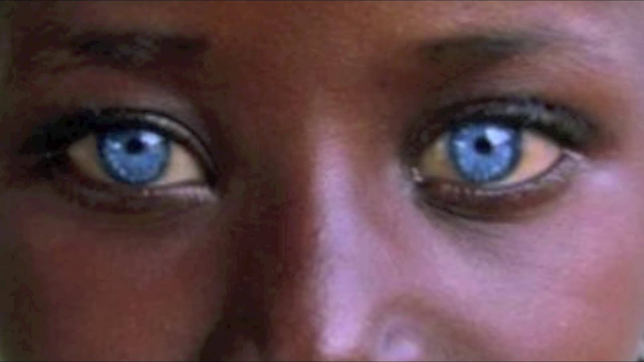 Get Blue Eyes Fast For Colored People Subliminals