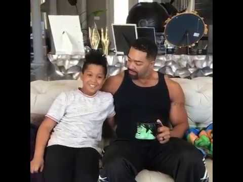 Jennifer Hudson's 7 year old son sings Happy Birthday to his dad (Punk)
