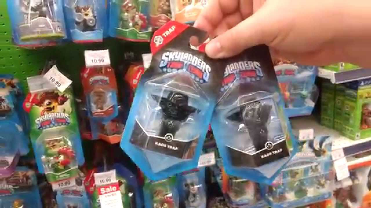 Skylanders Toys R Us : Skylanders hunting at toys r us finds kaos traps youtube