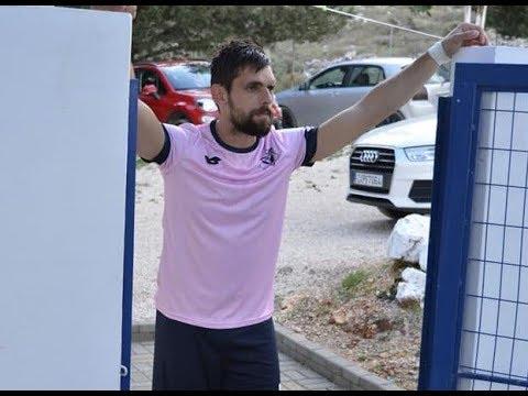Damasta FC TV - Μπάμπης Παπαδομιχελάκης... δύναμη σε άμυνα και επίθεση! -  YouTube