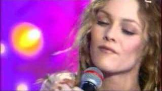 Watch Vanessa Paradis Pourtant video