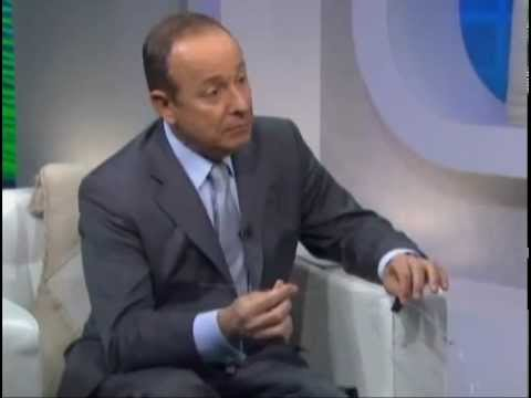 Dr. Luis Navarro appears on the Dr. Steve Show