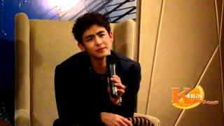 (fancam) 111005 Nichkhun talk at Sumsung Meet & Greet