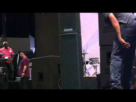 Carvin Audio Masters of Funk Show Report - San Diego Sports Arena - Valley View Casino Center