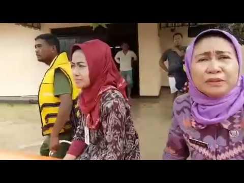Bupati Brebes Pimpin Evakuasi Korban Banjir di Dukuh Bayur Bojong Kec.Jatibarang.