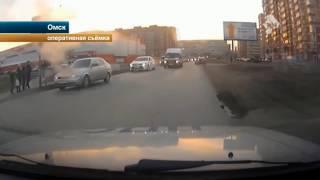 В Омске пьяный лихач и пассажиры на ходу выпрыгнули из иномарки