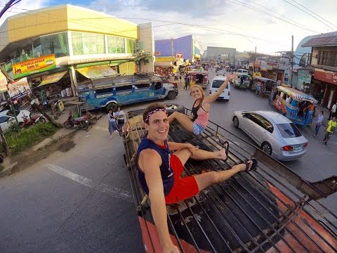Canadian Girl Finds Love On Top Of Jeepney In The Philippines
